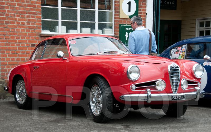 Photoparazzi by sue whyte auto italia auto italia 2013 for Mercedes benz brooklands