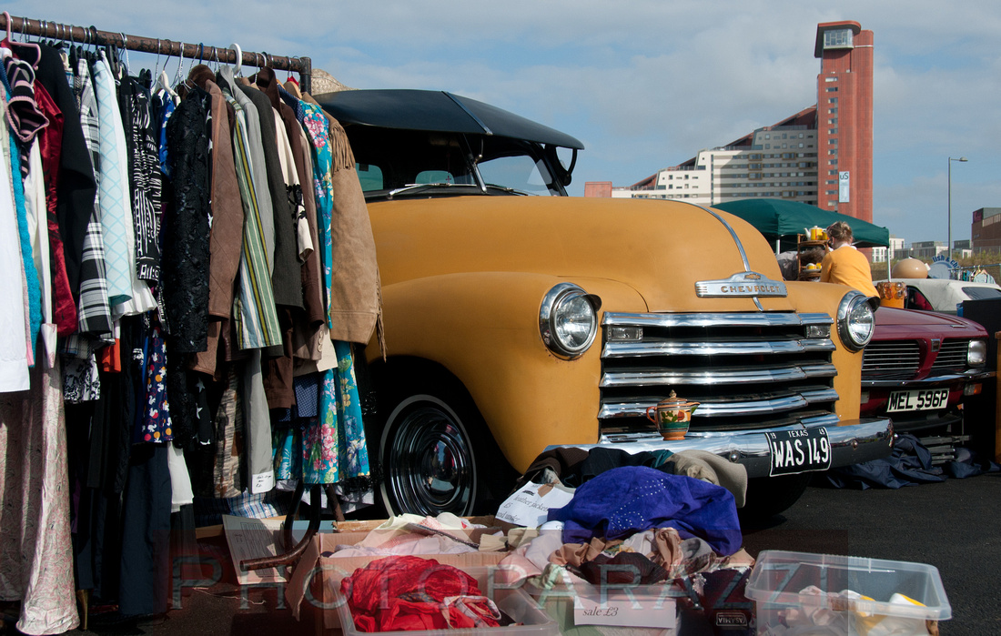 Photoparazzi by Sue Whyte | The Classic Car Boot Sale - Queen ...